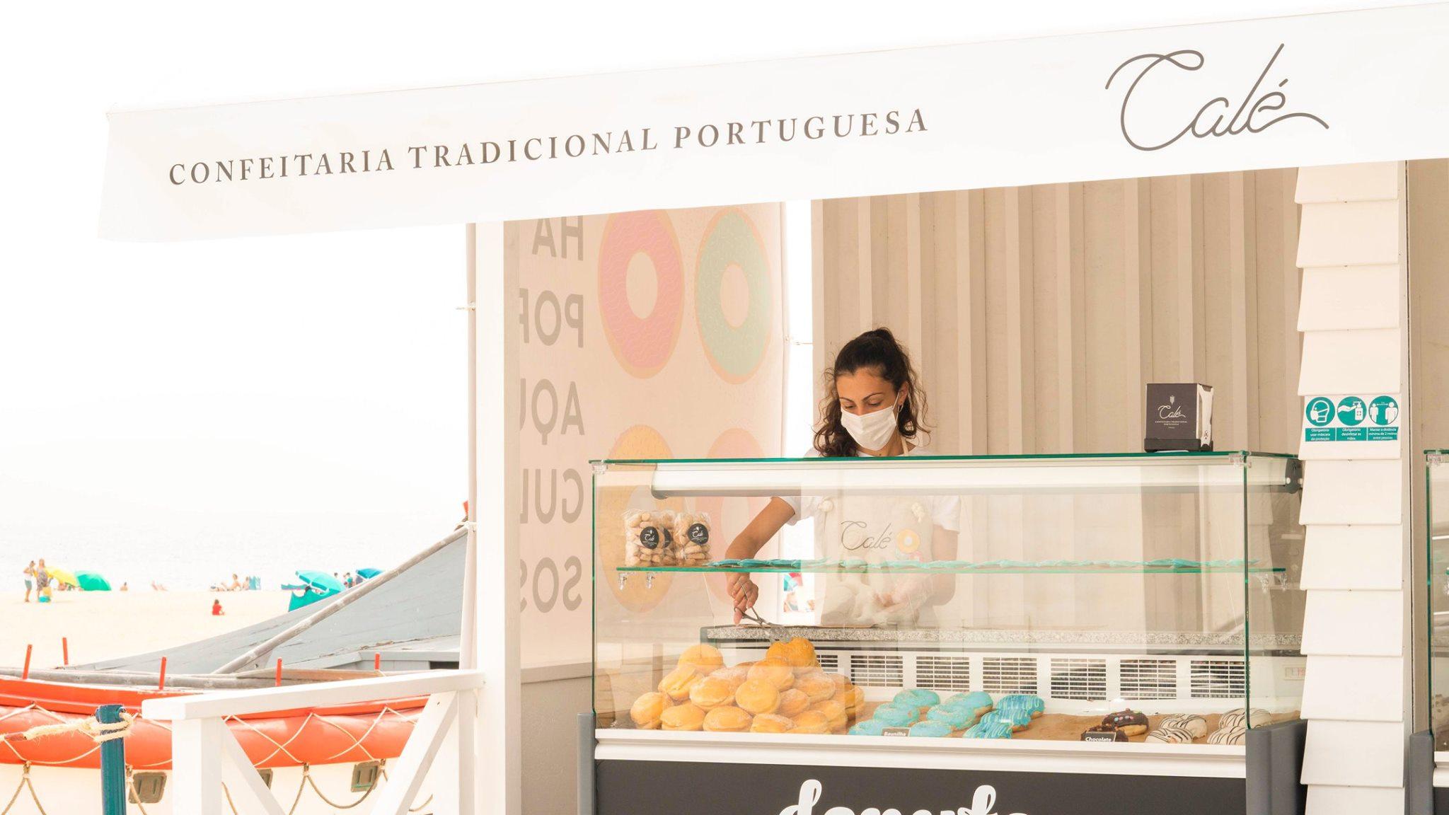 donuts-coloridos-quiosque-praia-nazare-pastelaria-entrega-casa-cale-confeitaria-tradicional-portuguesa-peniche-caldas-rainha-padaria-pastelaria