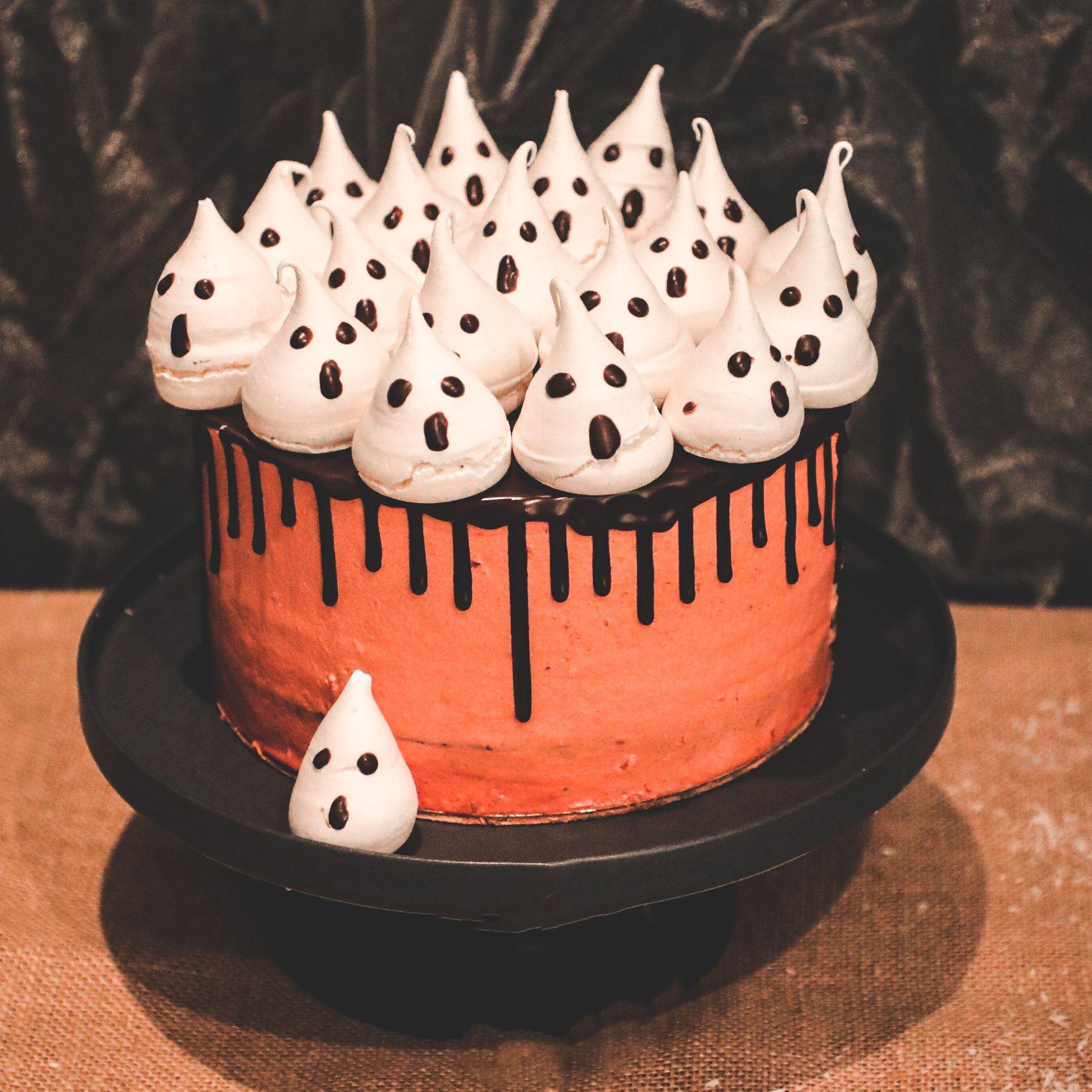 bolo-fantasmas-personalizados-pastelaria-entrega-casa-cale-confeitaria-tradicional-portuguesa-peniche-caldas-rainha-padaria-pastelaria