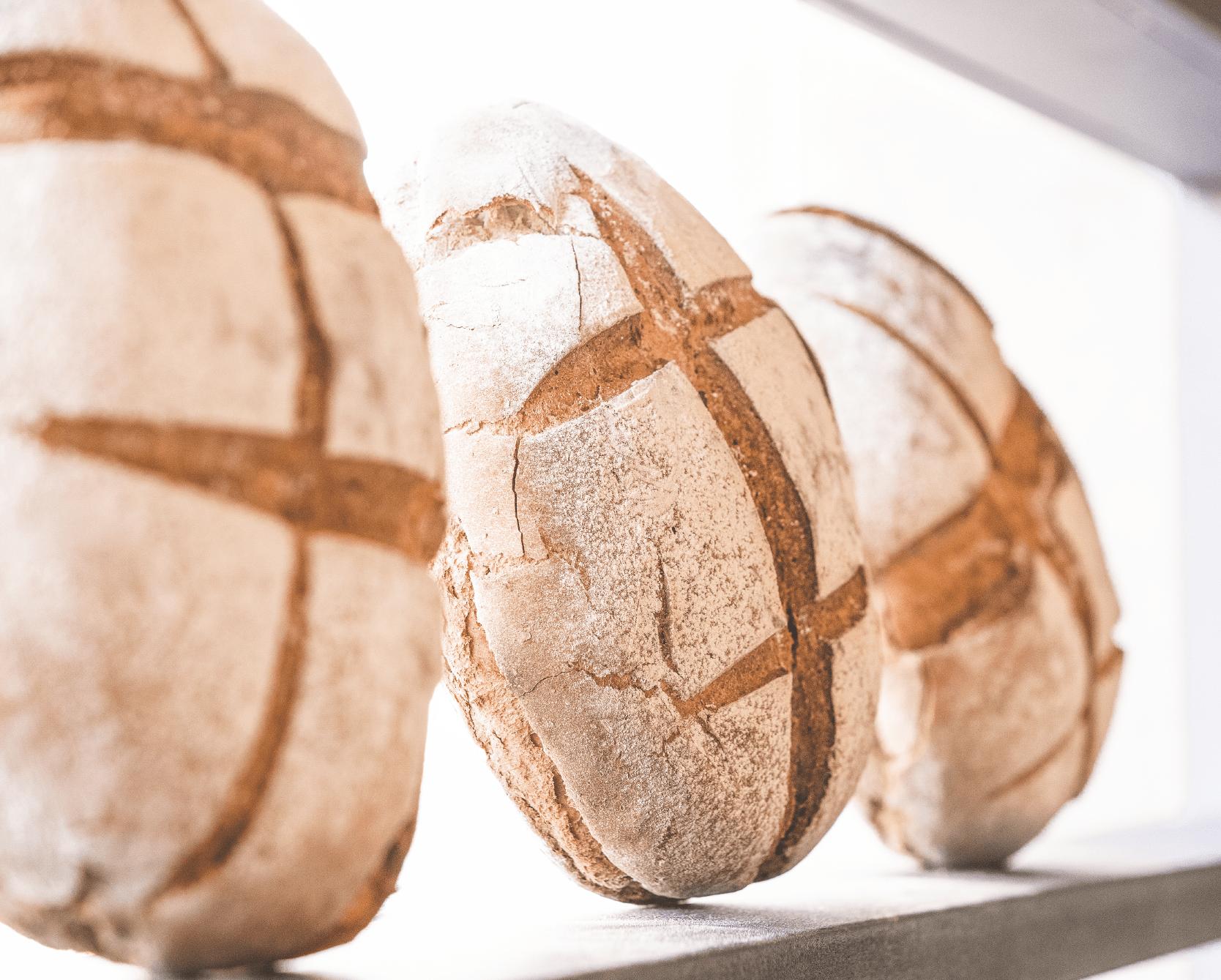 pao-padaria-pastelaria-entrega-casa-cale-confeitaria-tradicional-portuguesa-peniche-caldas-rainha-padaria-pastelaria